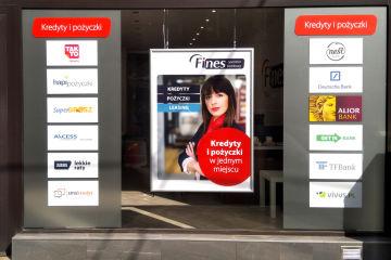 plac_wka_fines_operator_bankowy-witryna